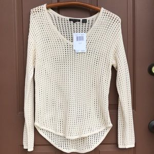 NWT JEANNE PIERRE SWEATER. Size Small